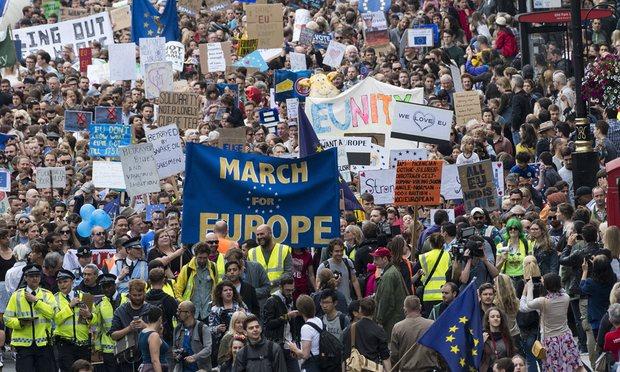 Articles - EU protest